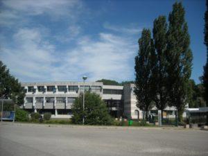 Lycée Gabriel Charles Pravaz - Etablissements scolaires - Pont de Beauvoisin