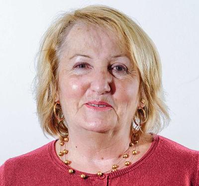 Mme Annie LABARRE